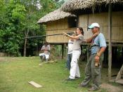 Demonstration of a typical Ecuadorian blowgun