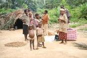 Deutsch: Baka-Dorf im Wildreservat Dja