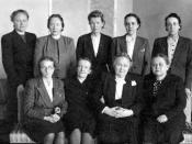 The female members of the parliamentary group of SKDL 1945-1948. In the front row: Olga Terho, Elsa Karppinen, Hella Wuolijoki, Anna Nevalainen. In the back row: Tyyne Tuominen, Kaisu-Mirjami Rydberg, Elli Stenberg, Hertta Kuusinen, Sylvi-Kyllikki Kilpi.