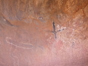 English: Petroglyphs on Uluru (Ayers Rock)