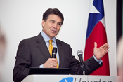 Texas Governor Rick Perry speaking at the Houston Technology Center. Full Creative Commons gallery at http://houstontech.org/en/photos/albums/v/18 TETF Awards on the HTC site.