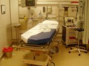 English: Emergency room after the treatement of a trauma Italiano: Sala di pronto soccorso dopo il trattamento di un trauma