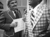 English: Publicity photo of Bob Keeshan and comedian Nipsey Russell in the Treasure House on the television program Captain Kangaroo.