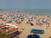 English: A sunny August day at the beach at Joss Bay, a rural beach not far from Broadstairs in Kent, England.