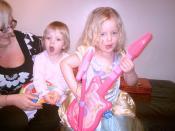 Princesses of pop♫ ♫♪♫♫♪  ♫[Erin & Lauren]