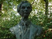 English: Bust Of Bertrand Russell-Red Lion Square-London