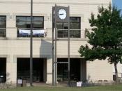 English: Tri delta clock on the University of Arkansas campus.