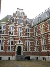 VOC Amsterdam building