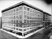 Former F&R Lazarus & Company flagship store in Downtown Columbus; Original headquarters of Federated/Macy's, Inc.