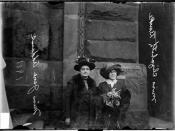 English: Delegation to the Women's Suffrage Legislature Jane Addams of Hull House (left) and Miss Elizabeth Burke of the University of Chicago