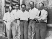 English: Enrico Fermi and his students in the physics institute in Rome (about 1930)