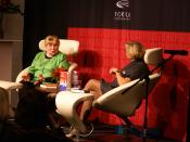English: Fay Weldon at the Book Fair in Copenhagen, November 2008, interviewed by Lone Kühlmann Dansk: Fay Weldon interviewes af Lone Kühlmann under BogForum 2008, København, Danmark (november 2008)