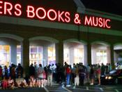Potter fans wait in lines outside a Borders in Newark, Delaware for the midnight release of the book