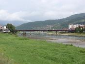 Drina River in Goražde, Bosnia Hornjoserbsce: Rěka Drina w Goraždźe, Bosniska