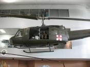 UH-1 Huey Iroquois_3936