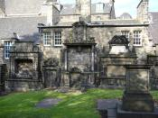 English: Gravestones in Greyfriars Churchyard The houses behind the gravestones appear in the 1968 film, 'The Prime of Miss Jean Brodie', one serving as the residence of her artist-colleague and lover.
