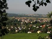 40px|border|Flag Deutsch: Le Landeron von La Neuveville aus gesehen