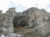 English: Cave Temple of Lord Amarnath. Deutsch: Die heilige Höhle von Amarnath im Norden Indiens.