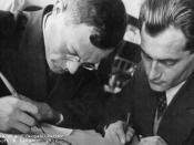 English: Russian writers Ilya Ilf and Yevgeny Petrov Italiano: Gli scrittori russi Il'ja Arnol'dovič Il'f e Evgenij Petrovič Petrov