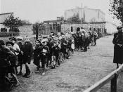 English: Ghetto Litzmannstadt: Children rounded up for deportation to the Chelmno death camp