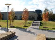 English: University of Texas at Dallas 89,000-square-foot (8,300 m2) Activity Center.