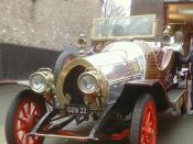English: UK-built replica of car from film Chitty Chitty Bang Bang