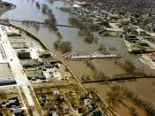 English: The Red River in flood in April or May 1979 in Grand Forks, North Dakota and East Grand Forks, Minnesota.