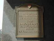 Plaque recording the location of the formation of the British Labour Party in 1900.