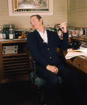 English: Sir Terence Rattigan in his suite at Claridges Hotel London