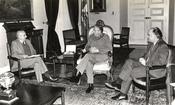 Español: William Thayer y Augusto Pinochet Ugarte.