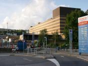 English: Debenham's, Swansea Looking towards Debenhams from Tesco's car park.
