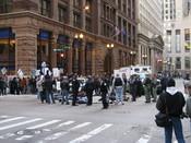 English: Chicago Climate Justice activists protesting cap and trade legislation at the intersection of LaSalle & Adams in Chicago Loop Русский: Активисты движения Chicago Climate Justice протестуют против принятия закона о торговле эмиссионными квотами на