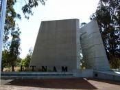 English: Vietnam War Memorial on ANZAC Parade, the ceremonial and memorial avenue of Canberra, the capital city of Australia.