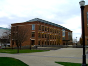 English: Pfahl Hall at Fisher College of Business, The Ohio State University,