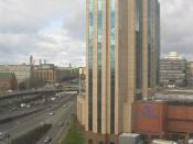 English: Glasgow Hilton Hotel and M8 motorway to left.