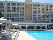 English: Swimming pool of Hilton Hotel in Nicosia Republic of Cyprus