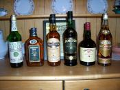 English: Various Irish whiskies. Picture by Cafeirlandais.
