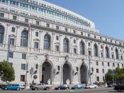 English: The Earl Warren Building and Courthouse at Civic Center Plaza, San Francisco, California. This building is home to the Supreme Court of California and the Court of Appeal for the First Appellate District. Photographed by user Coolcaesar on August