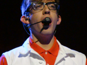 English: Kevin McHale, in character as Artie Abrams on the Glee Live! In Concert! 2011 tour.