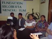 Español: Rigoberta Menchu (Fundación Rigoberta Menchu Tum) y Rosalina Tuyuc (Conavigua).