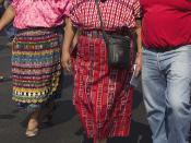 Español: Rigoberta Menchú en la marcha conmemorativa del aniversario de la firma del Acuerdo Paz sobre Identidad y Derechos de los pueblos Indígenas en marzod de 2009.