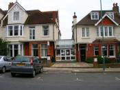 English: Embassy CES, Wilbury Villas. One of 30 schools in the Brighton and Hove area teaching English as a foreign language to students from abroad. There are three in this square alone plus a purpose built hall of residence.