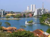 English: The Colombo World Trade Center in Sri Lanka.