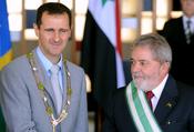 Português do Brasil: O presidente Lula recebe o presidente da República Árabe Síria, Bashar al-Assad, no Itamaraty.