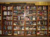 English: Books on shelves at UWI Library, Trinidad and Tobago