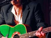 Donovan never had a number-one single or number-one album in the UK;