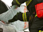 English: Packexe SMASH being used at the world vehicle extrication challenge 2009