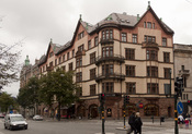 Svenska: Birger Jarlsgatan 5, Byggnadsår 1898-1900, arkitekter Ludvig Peterson och Erik Lallerstedt, byggherre och byggmästare K J Flodin