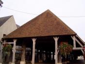 Les Halles du XIIe siècle de Lorris dans le Loiret (France)