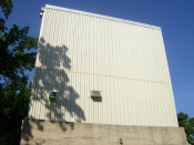 English: The outside (north-west face) of the Missouri University of Science and Technology Nuclear Reactor.